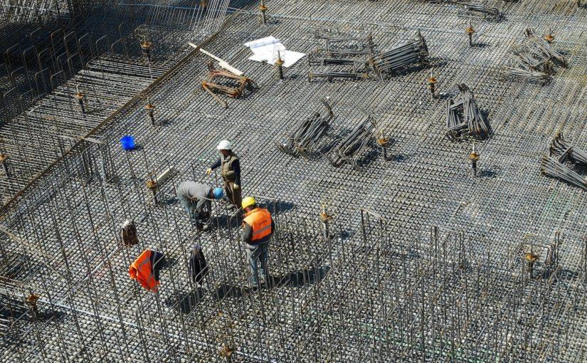 Właściwie z obowiązującymi kodeksami nowo budowane domy muszą być energooszczędne.